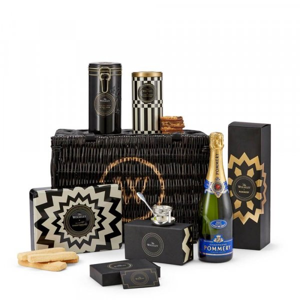 Afternoon tea hamper with champagne